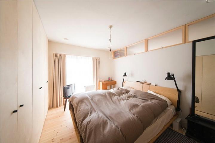 完成後の寝室。ところどころはラフな部分もありますが、それが手づくり感となってあたたかい雰囲気が出ていました。