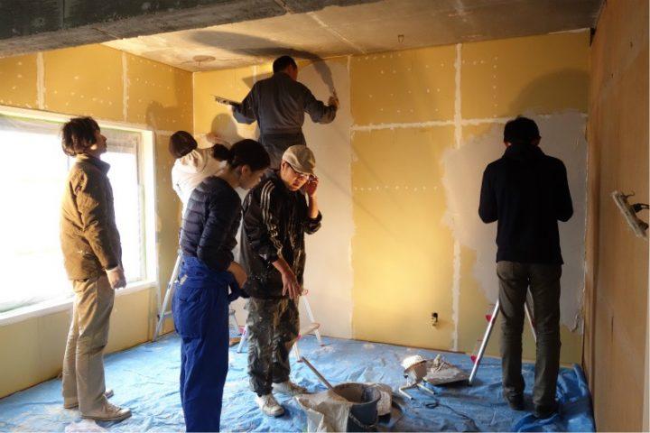 【左官】北の和室だった壁に珪藻土を塗る。